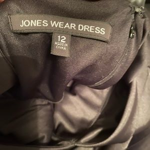 Jones Wear Dresses - Jones wear dress classic black dress size 12